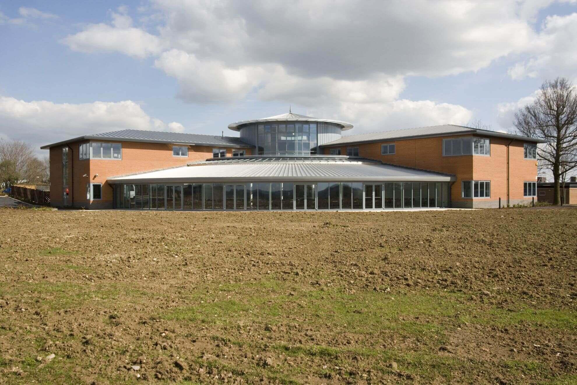A_Bedford Modern School_Building Image